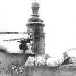 Башня Бернардинского костёла над заснеженными крышами – 4