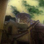 Рваные облака над Армянским собором